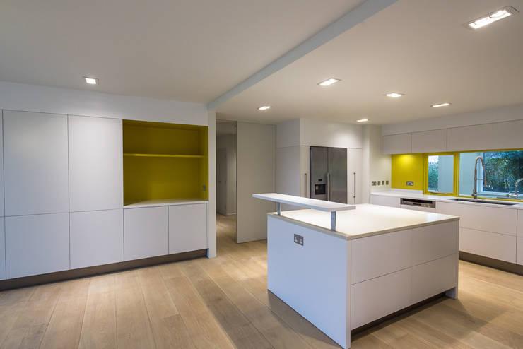 Kitchen by Gavin Langford Architects, Modern