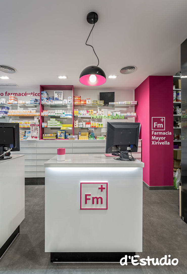 Farmacia Mayor Xirivella | Mostrador: Espacios comerciales de estilo  de d'Estudio
