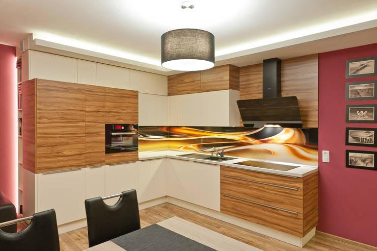 III Realizacja kuchenna na Osiedlu Apartamenty Generalska w Opolu: styl , w kategorii Kuchnia zaprojektowany przez Meble Ideal