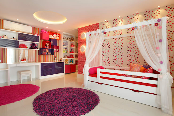 modern Nursery/kid's room by Arquitetura e Interior