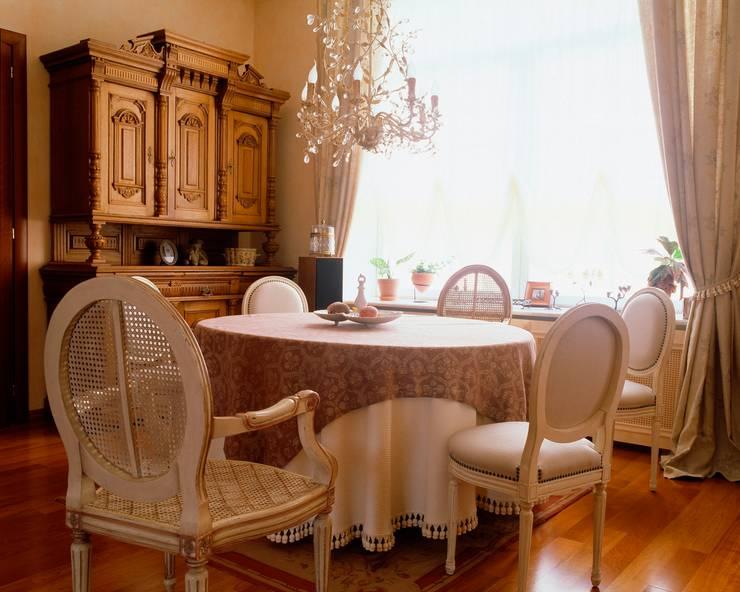 Квартира на Патриарших: Столовые комнаты в . Автор – ANIMA