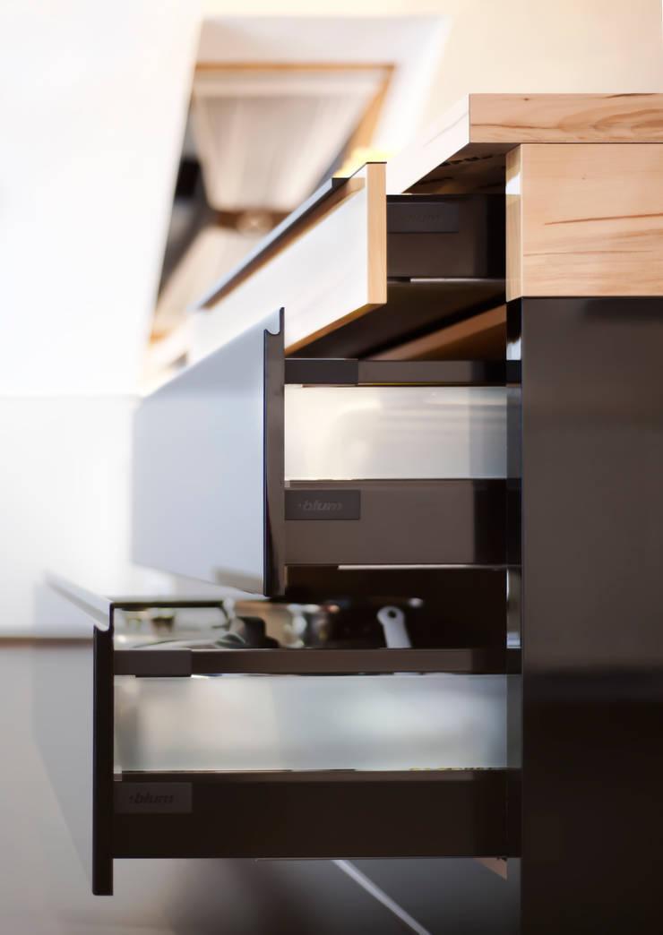 Realizacja - prywatna posesja I: styl , w kategorii Kuchnia zaprojektowany przez Meble Ideal