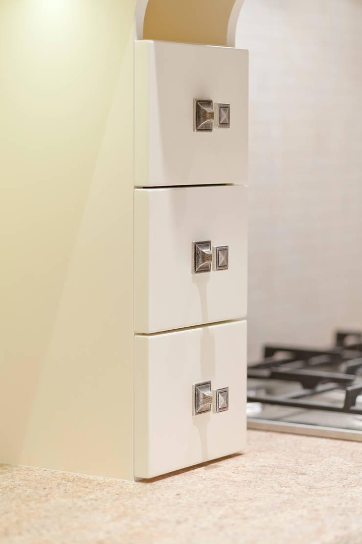 Realizacja – prywatna posesja II: styl , w kategorii Kuchnia zaprojektowany przez Meble Ideal
