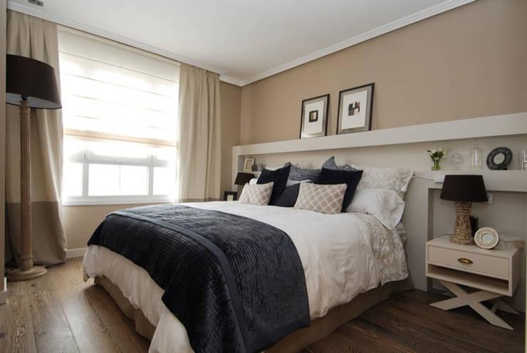 Sube Susaeta Interiorismo y Sube Contract diseño interior de casa con terraza: Dormitorios de estilo clásico de Sube Susaeta Interiorismo