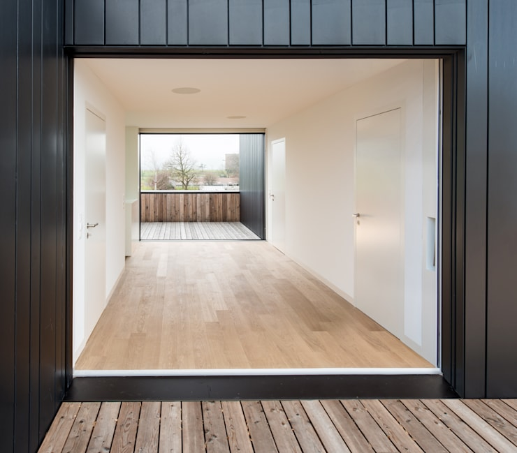 Wohnhaus in Kilchberg:  Terrasse von Frei + Saarinen Architekten