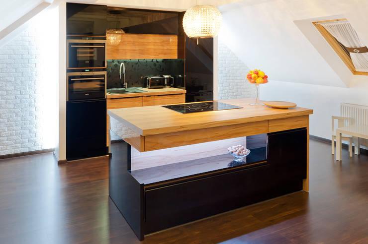Realizacja – prywatna posesja I: styl , w kategorii Kuchnia zaprojektowany przez Meble Ideal