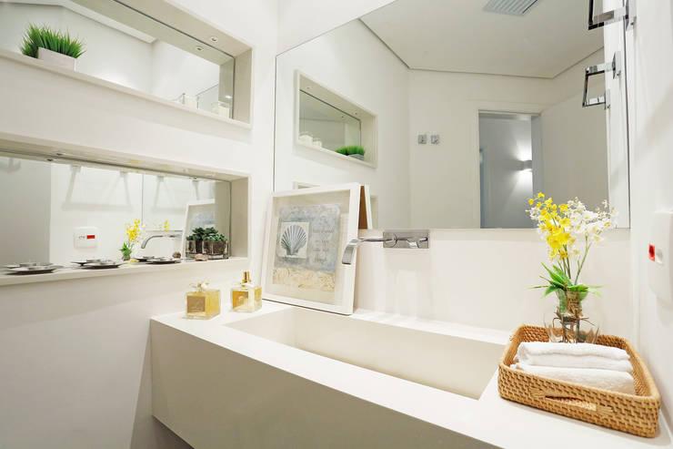 Lavabo: Banheiros  por Mayra Lopes Arquitetura | Interiores,