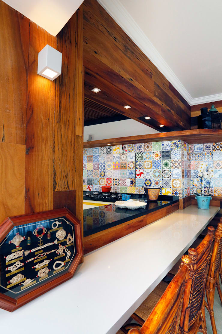 Espaço Goumert: Cozinhas tropicais por Mayra Lopes Arquitetura   Interiores