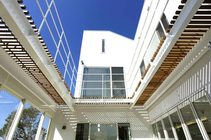 コート上部: (有)設計工房TOGAWAが手掛けたテラス・ベランダです。