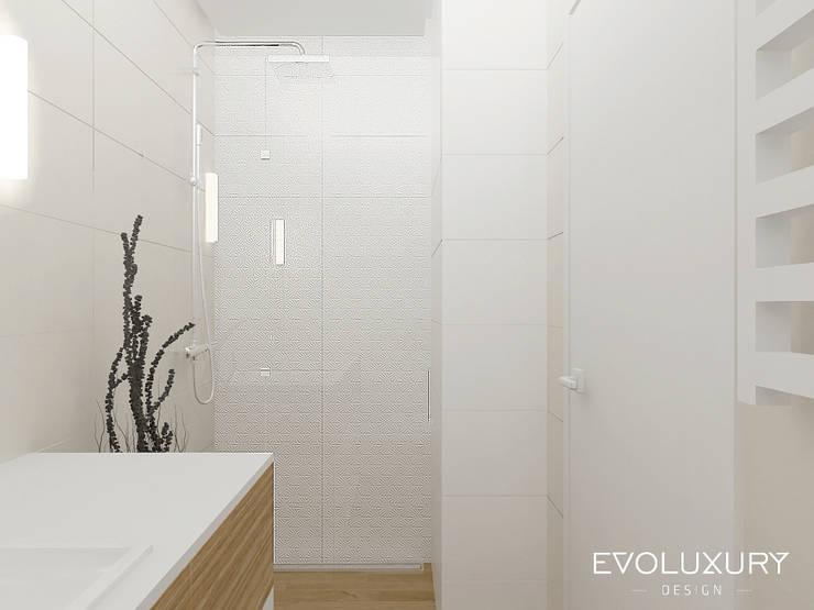 LUXURY SUITE: styl , w kategorii  zaprojektowany przez EVOLUXURY DESIGN