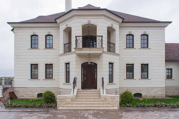 Casas de estilo  por Архитектурная студия
