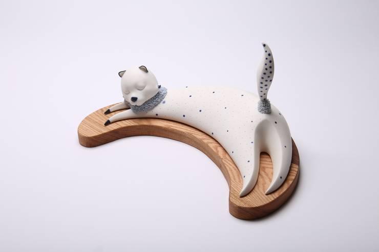 세라믹감성조명- 초코(고양이): soodesign의  사무실