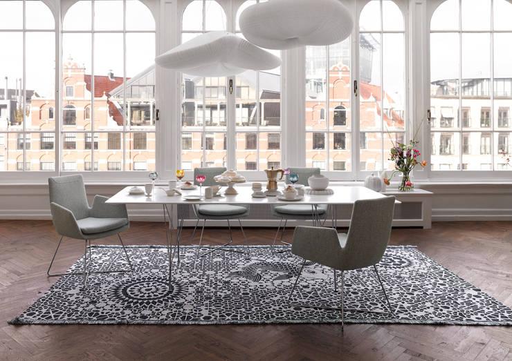 Dining room by Zimmermanns Kreatives Wohnen