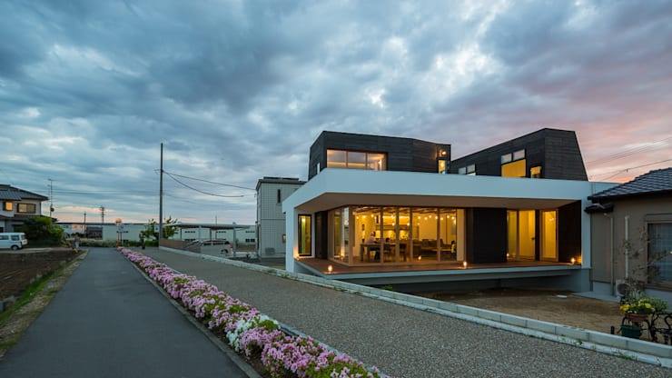 Houses by murase mitsuru atelier, Industrial
