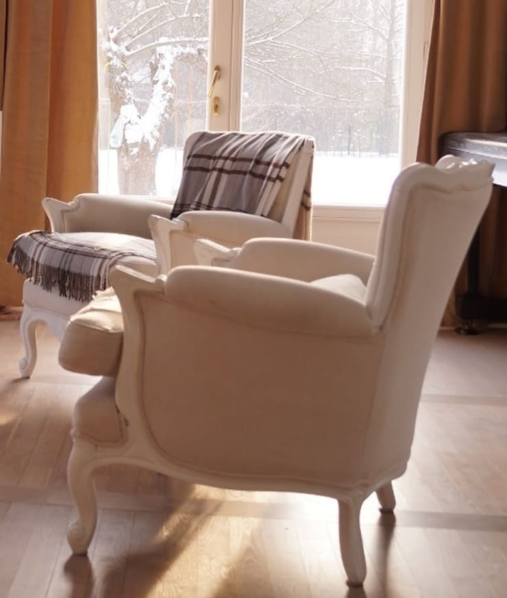 Fotele w stylu Ludwika XV.: styl , w kategorii Salon zaprojektowany przez GocaDesign