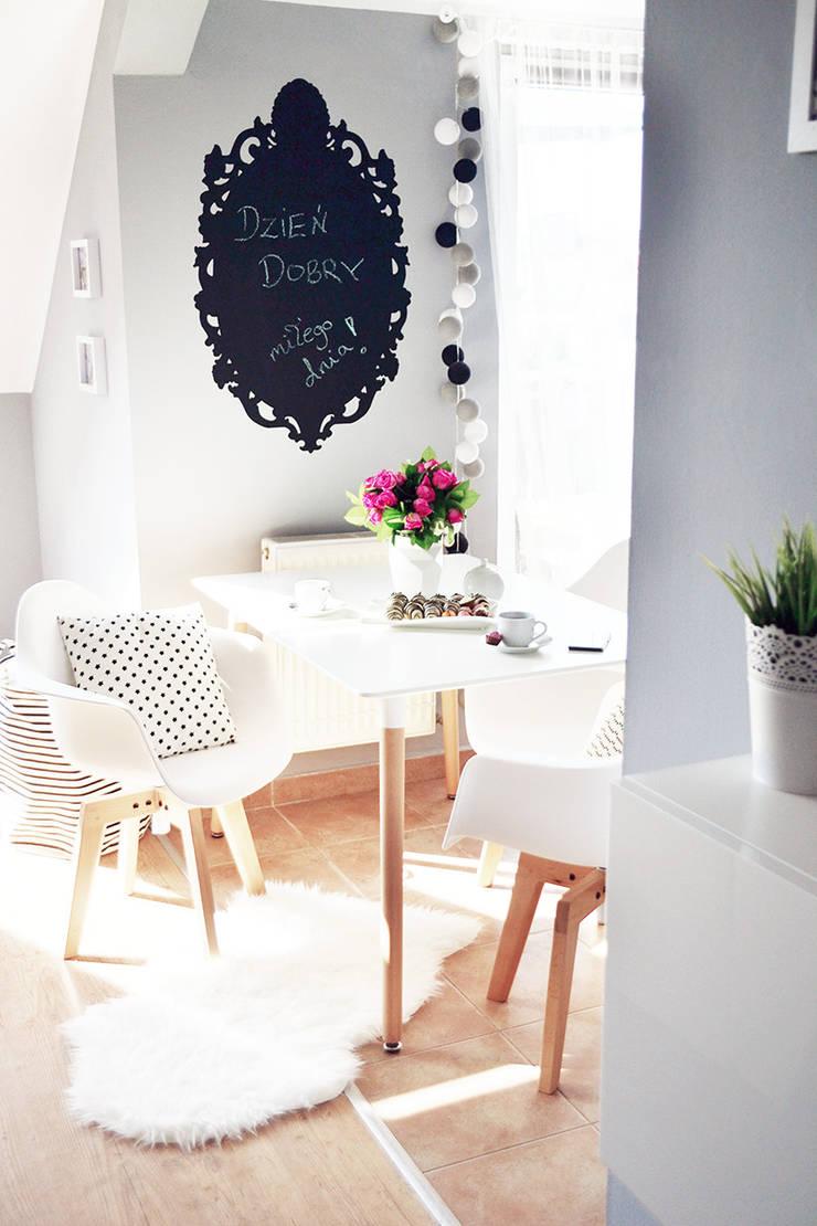 Pomysł na klimatyczną jadalnię: styl , w kategorii Jadalnia zaprojektowany przez Le Pukka Concept Store