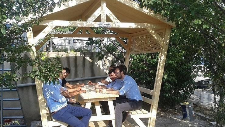 Garden Mobilya – Kamelyalı Piknik Masaları:  tarz Bahçe