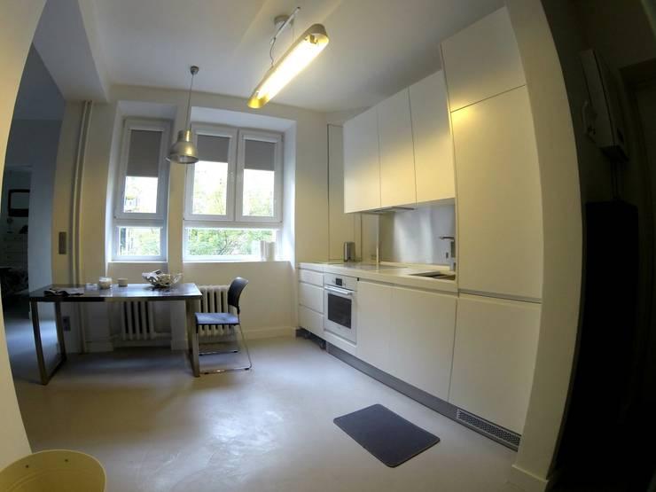 Kuchnia w stylu industrialnym : styl , w kategorii  zaprojektowany przez Szafawawa,Minimalistyczny