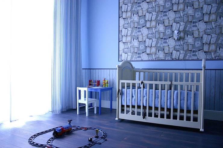 Нескучный серый: Детские комнаты в . Автор – PichuginaDesign