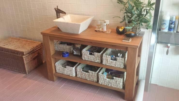 Meubels: landelijke Badkamer door Teakea