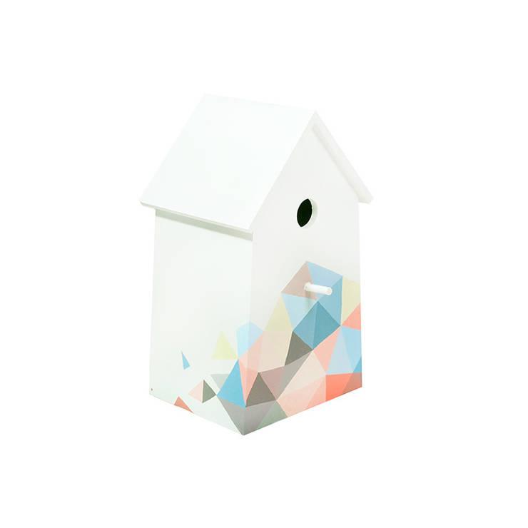 """Lampka nocna domek dla ptaków """"Sen pszczoły"""" bok1: styl , w kategorii Pokój dziecięcy zaprojektowany przez NOBOBOBO"""