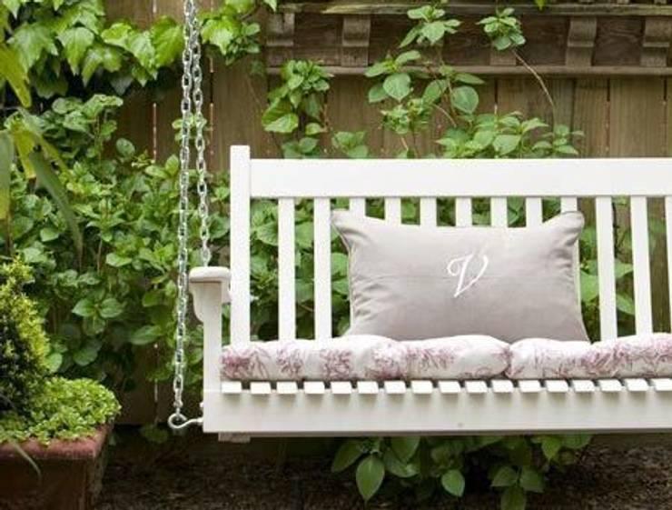 Jardines de estilo  por Casa Bruno American Home Decor
