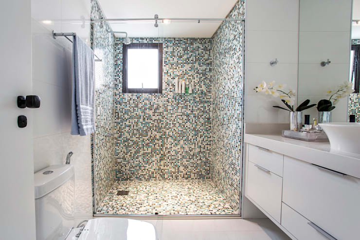 modern Bathroom by Amanda Pinheiro Design de interiores