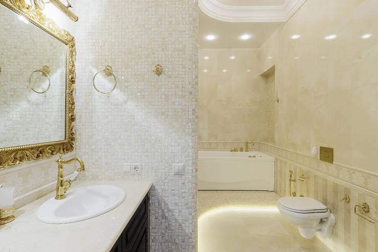 Дом в Дагомысе: Ванные комнаты в . Автор – Креазон