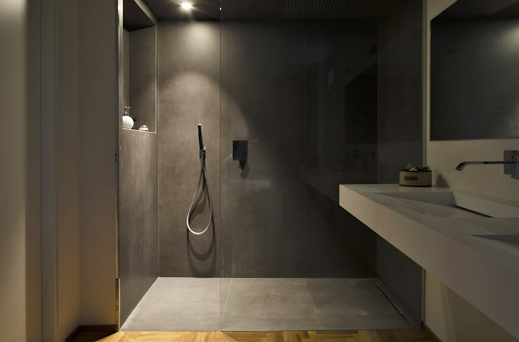 Bathroom by luogo comune