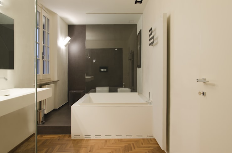 Casas de banho minimalistas por luogo comune