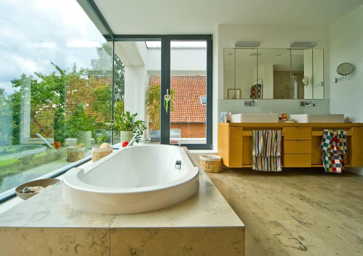 Projekty,  Domy zaprojektowane przez Michelmann-Architekt GmbH