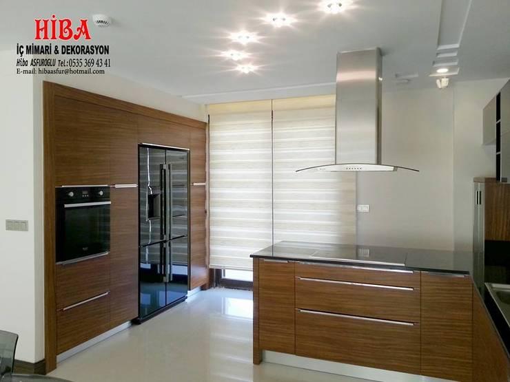 Hiba iç mimari ve dekorasyon – DR İlkay DR Musatafa Ödemiş Villası:  tarz Mutfak