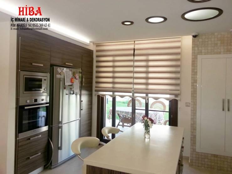 Hiba iç mimari ve dekorasyon – DR Sinem DR Olgun Karazincir Villası:  tarz Mutfak