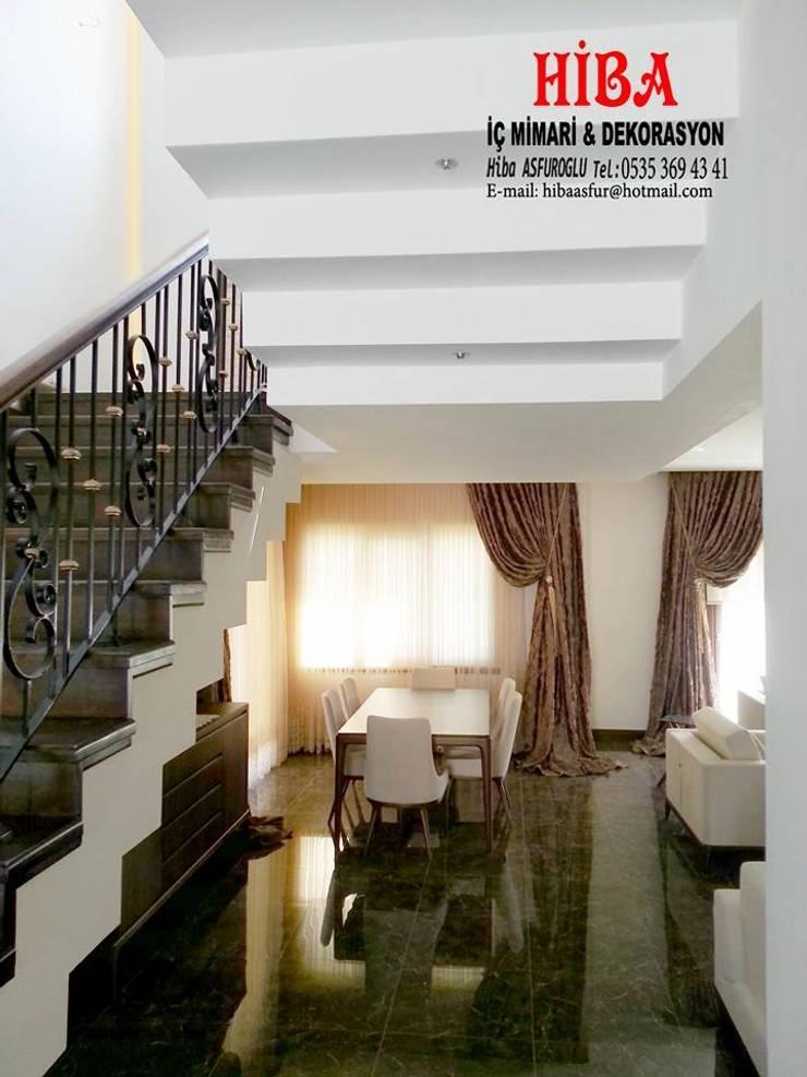 Hiba iç mimari ve dekorasyon – DR İlkay DR Musatafa Ödemiş Villası:  tarz Koridor ve Hol