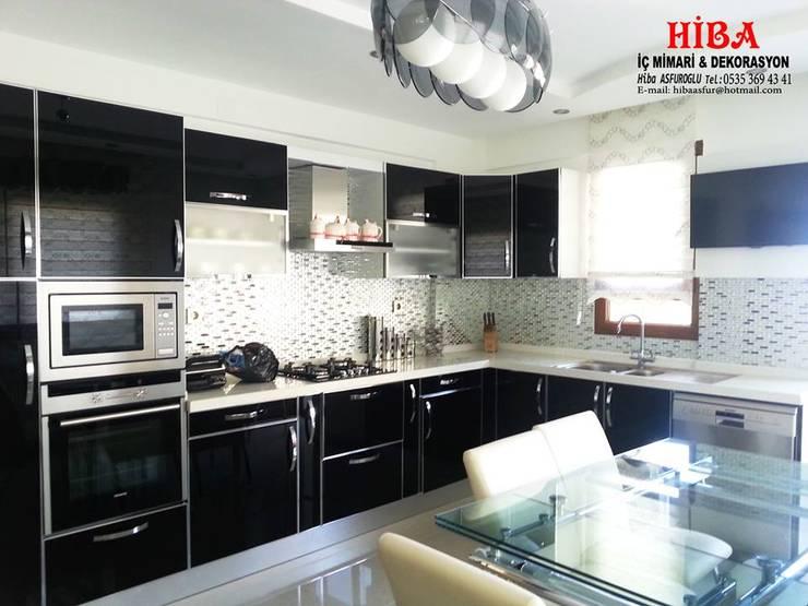 Hiba iç mimari ve dekorasyon – Helen Ali Cabiroglu Evi: modern tarz Mutfak