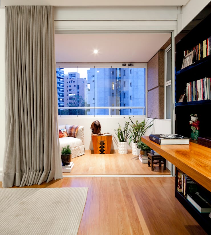 VNC APARTAMENTO : Terraços  por Noura van Dijk Interior Design