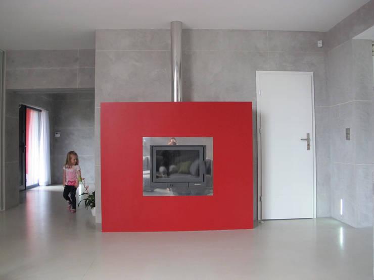 5: styl , w kategorii Salon zaprojektowany przez Projekt Kolektyw Sp. z o.o.