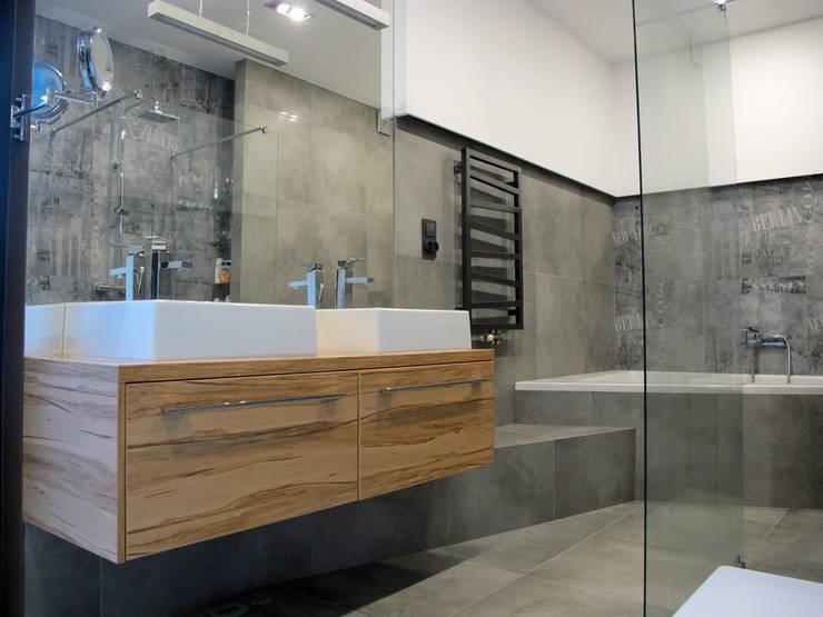 12: styl , w kategorii Łazienka zaprojektowany przez Projekt Kolektyw Sp. z o.o.