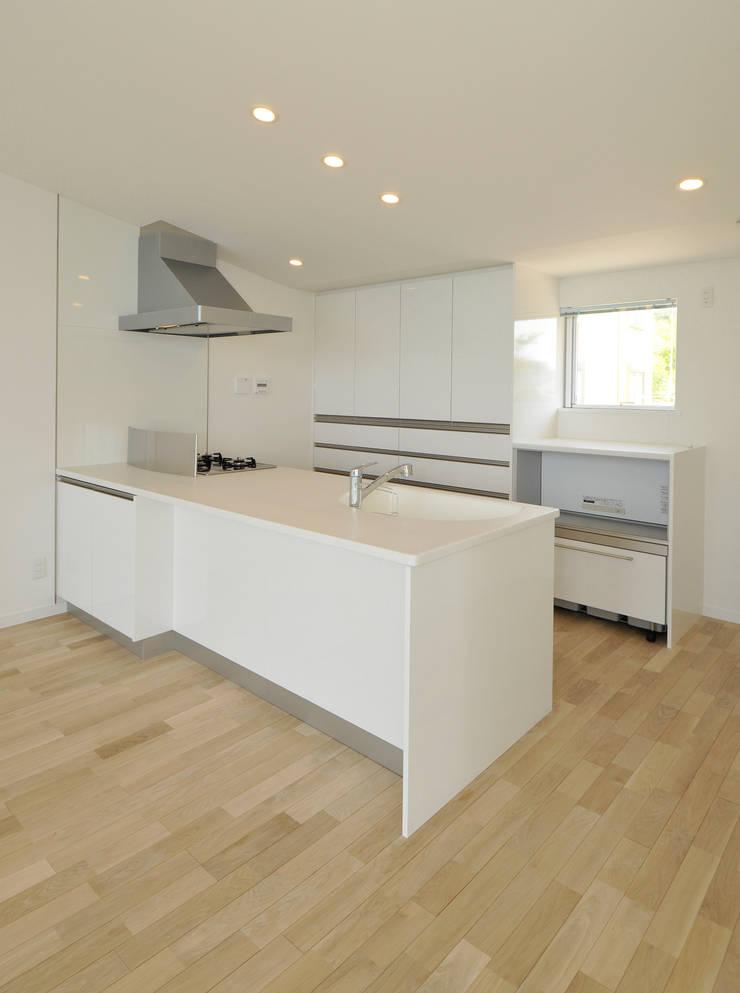 シンプルキッチン: ディアーキテクト設計事務所が手掛けたキッチンです。
