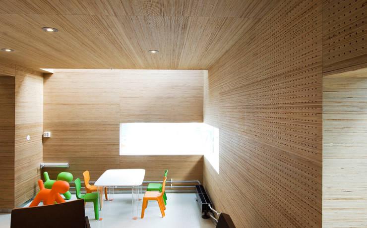 Deckon Asma Tavan Sistemleri – DeckoWood:  tarz Çocuk Odası