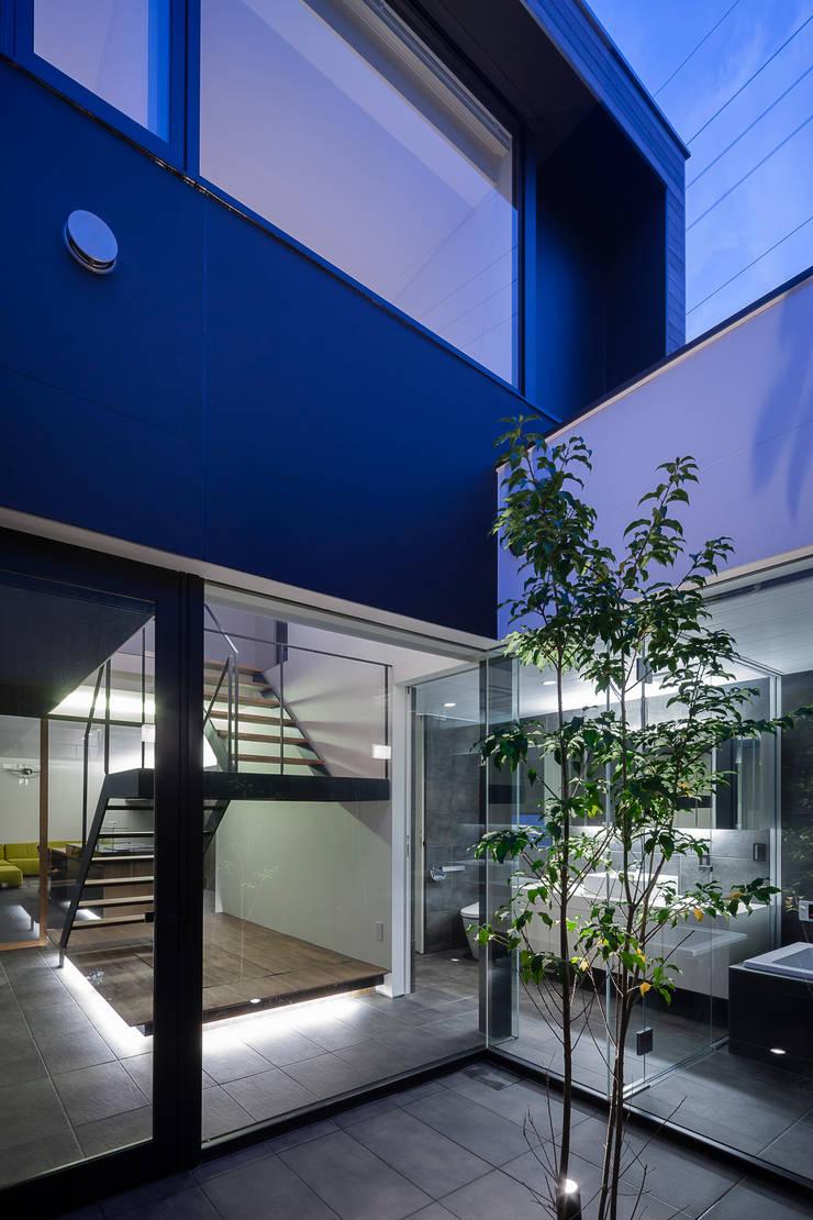 ウキバコ: (株)建築デザイン研究所が手掛けた庭です。