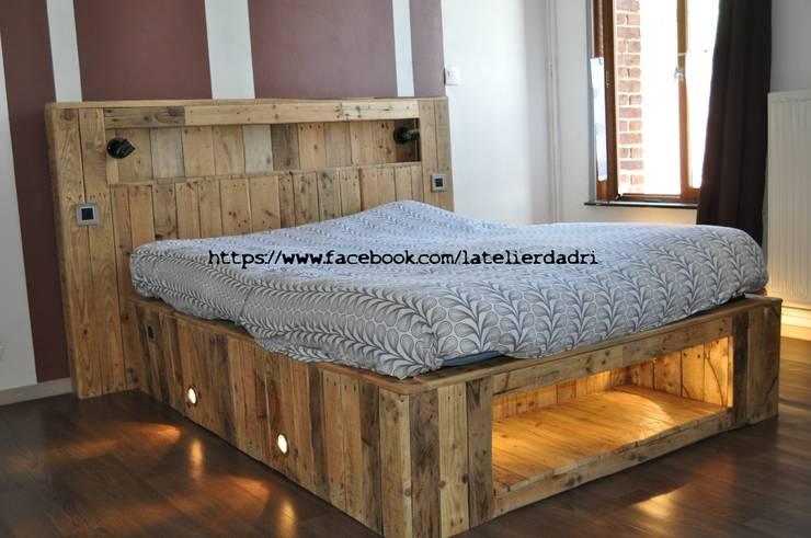 Dormitorios de estilo ecléctico de l'atelier d'adri