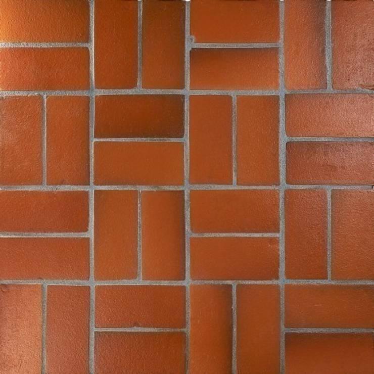 Terakota COTTO 10x20: styl , w kategorii Ściany i podłogi zaprojektowany przez Rogiński Warsztat Artystyczny - DomRustykalny.pl