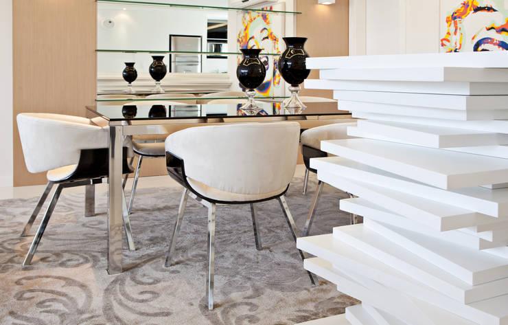 Jantar 2: Salas de jantar  por Virtu Arquitetura