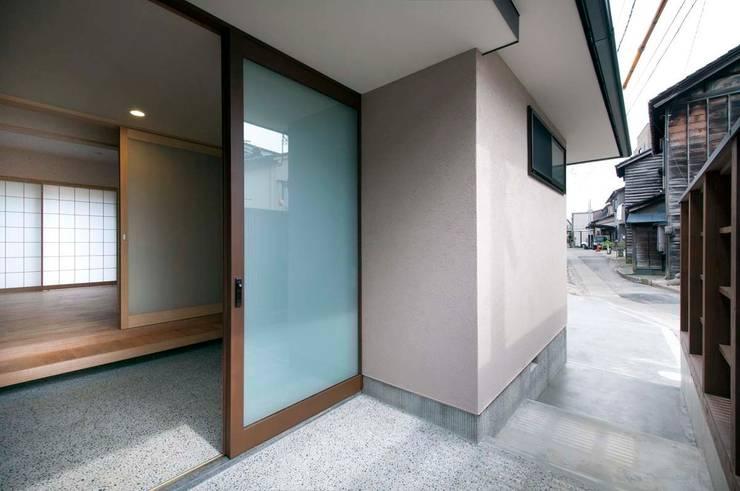 Houses by 家山真建築研究室 Makoto Ieyama Architect Office
