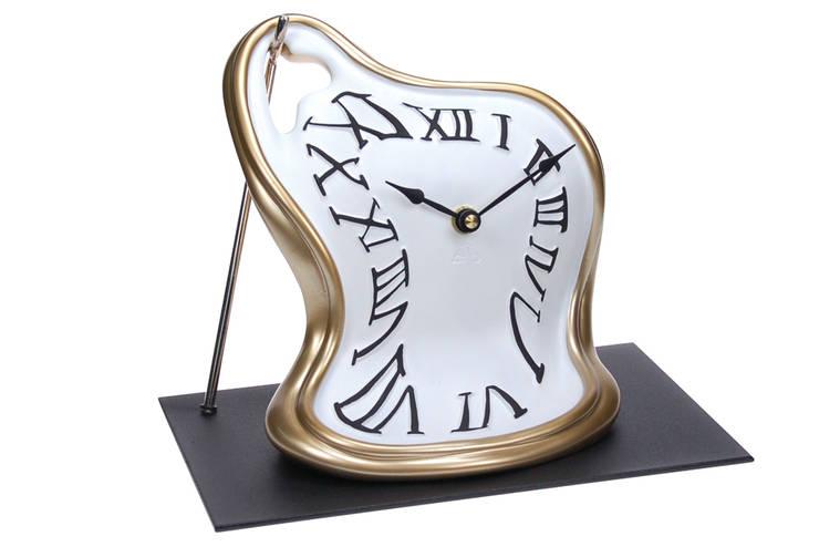 Vago Minds Ltd. – Eriyen Masa Saati / Classic Melted Clock:  tarz İç Dekorasyon