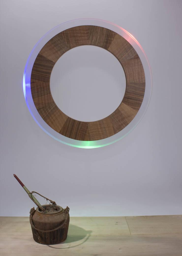 ColourMyTime, model Float: modern  door ColourMyTime, Modern