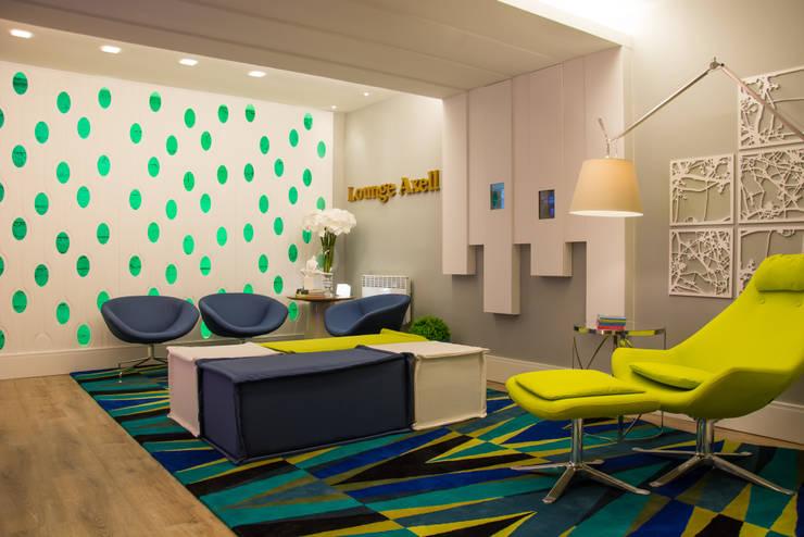 CASA COR RS 2014: Salas de estar  por Tania Bertolucci  de Souza  |  Arquitetos Associados,