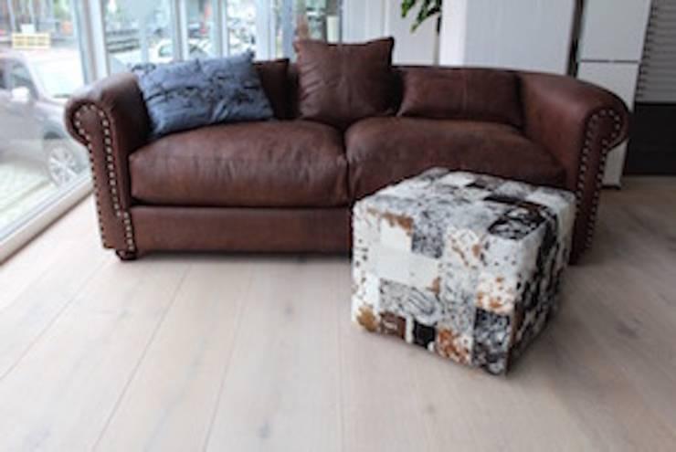 Designmöbel – Sessel:   von Holz + Floor GmbH   Thomas Maile   Wohngesunde Bodensysteme seit 1997,Kolonial