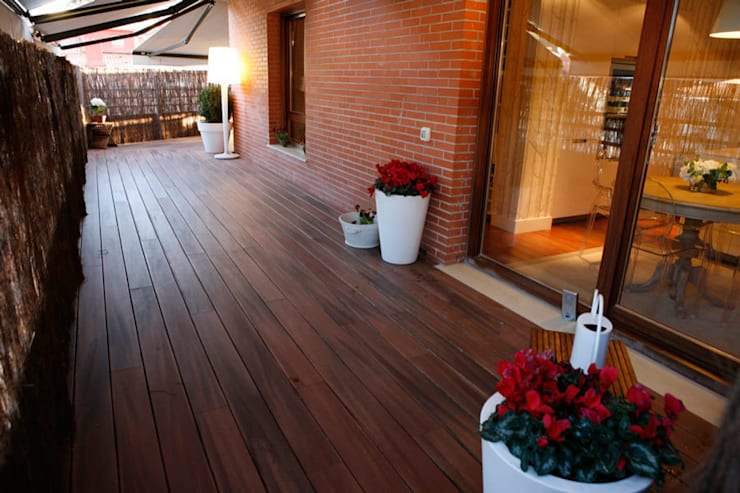 Decoración interior de duplex acogedor, Sube Susaeta Interiorismo – Sube Contract: Terrazas de estilo  de Sube Susaeta Interiorismo